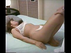 پری سفید غلت سکس های عربی با لاولیس سیاه و سفید
