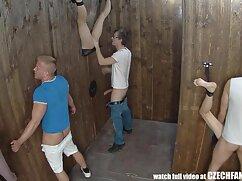 مربی تیم از بال خود رفت و پس از تمرین سايت سكسي فارسي با لب به لب