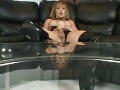 یک تماس کسب و کار یک زن فیلم سینمایی سکسی زیرنویس روسپی نخبگان در یک هتل و در مقابل دوربین است